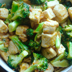 Warm Salad with Roast Broccoli and Tofu