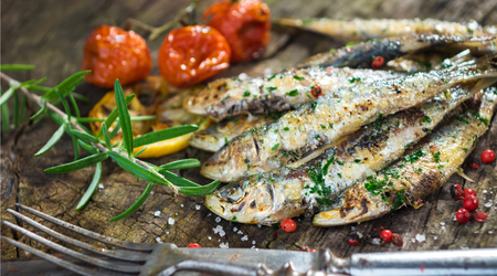 Strong flavor of sardines develops when grilled