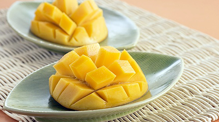 A single cup of fresh mango per day will ensure you get 100% of the recommended daily intake of vitamin C