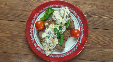 Crab Oscar Steak Topping is unseemly easy to make, and the result tastes like heaven