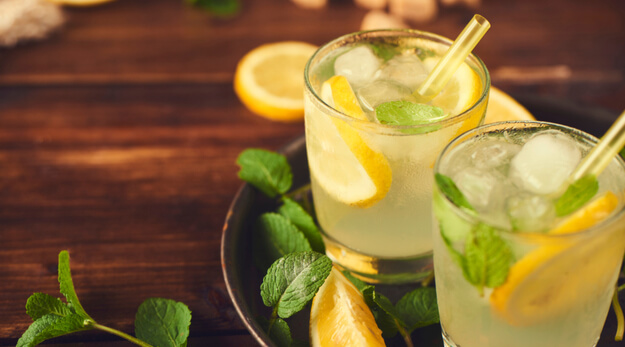 delicious lemonade with mint